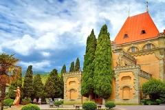 Дворец княгини Гагариной в п. Утес