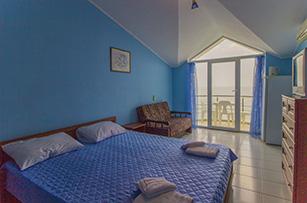 Синяя комната в отеле