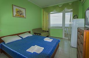 Зеленая комната в отеле